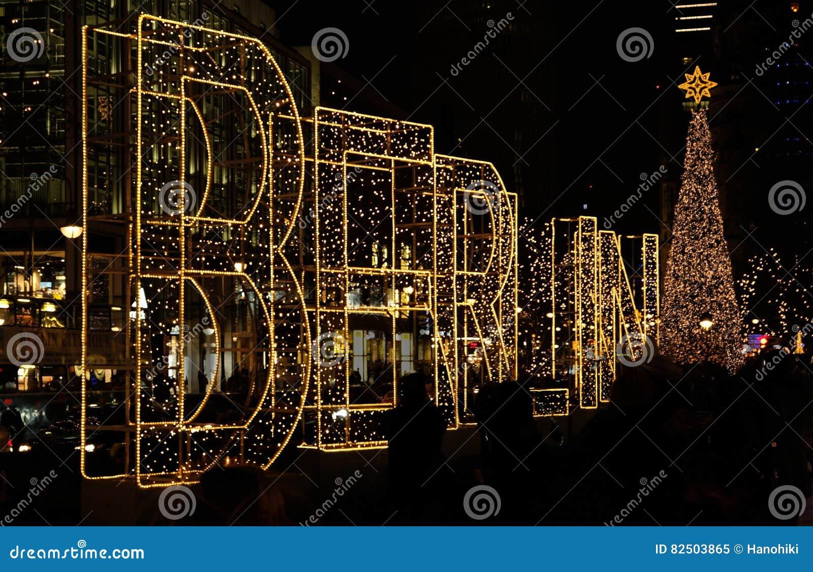 Mercado de Berlin Christmas na noite