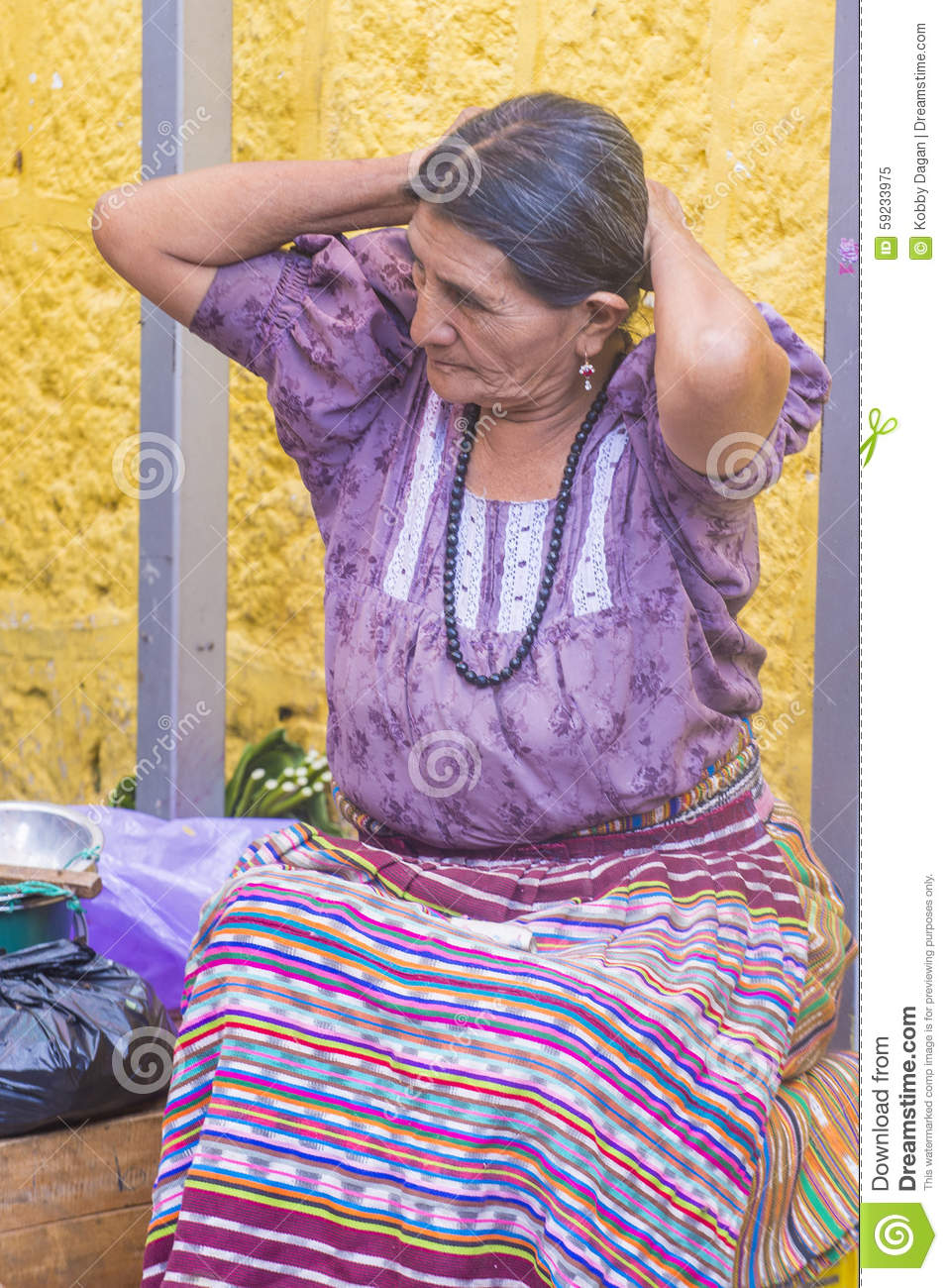 Download Mercado De Chichicastenango Imagen editorial - Imagen de chichi, vendedor: 59233975