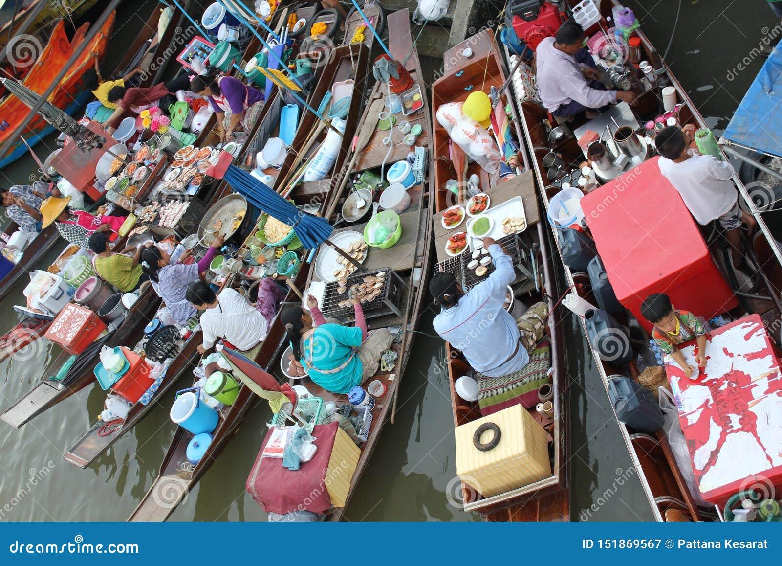 Mercado de flutua??o de Amphawa