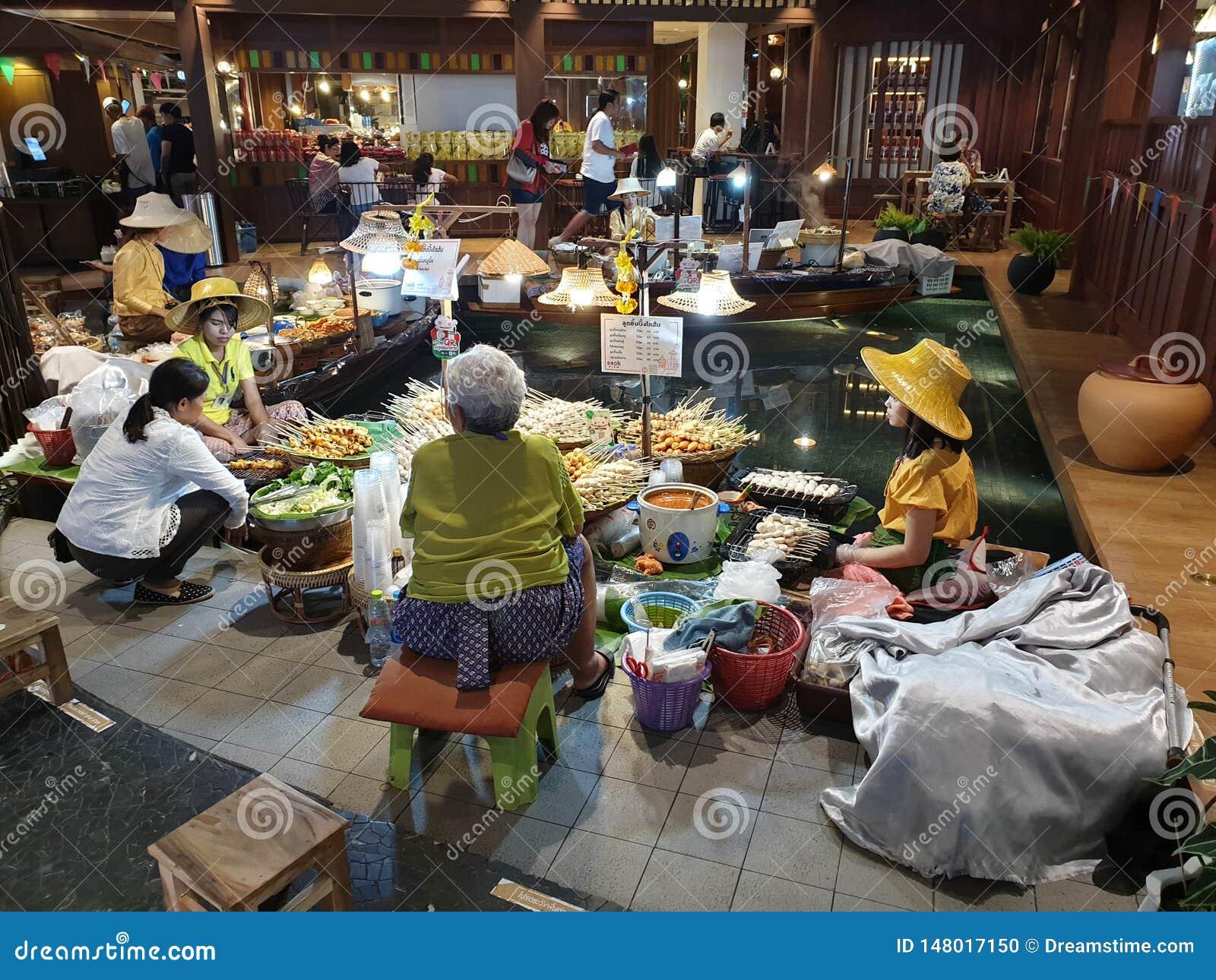 Mercado de flutua??o interno original Banguecoque de Iconsiam