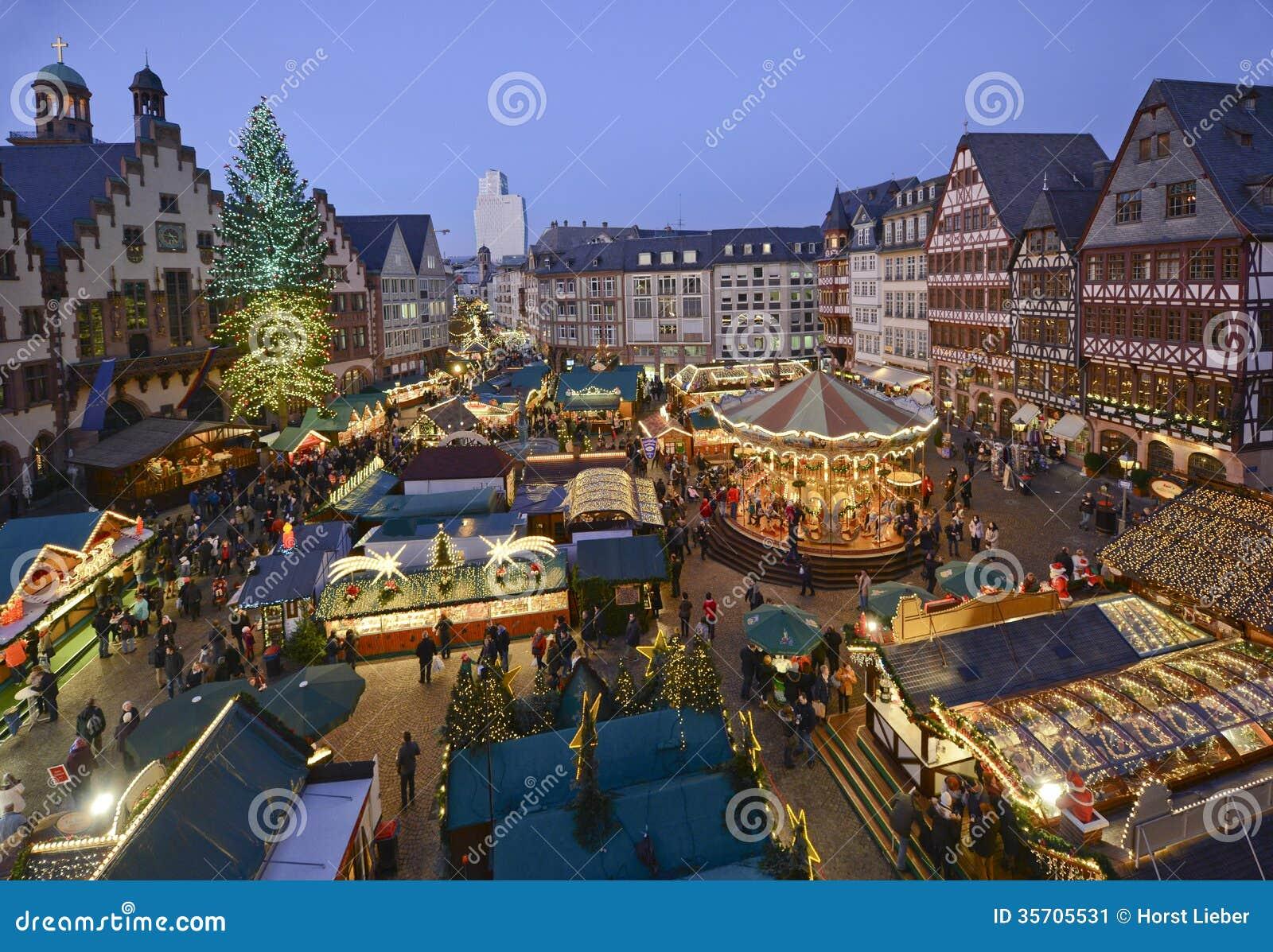 Mercado de la Navidad en Francfort, Alemania