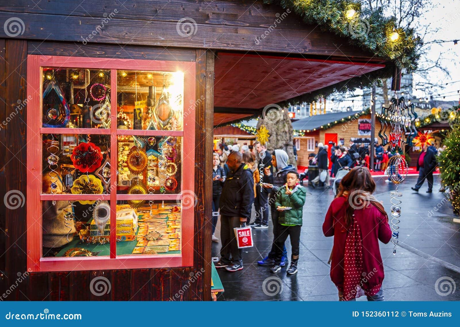 Mercado de la Navidad, Londres, Inglaterra, Reino Unido, Europa