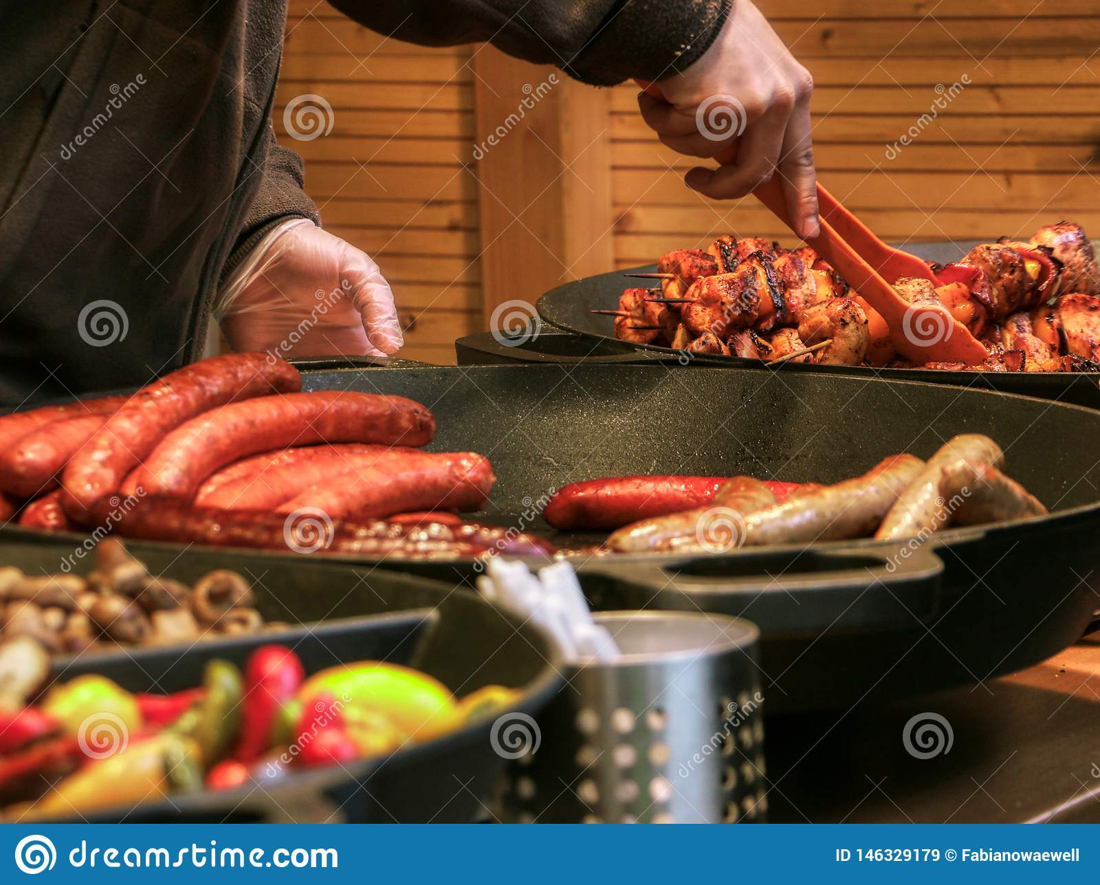 Mercado de pascua del vendedor de comida de la calle de Praga