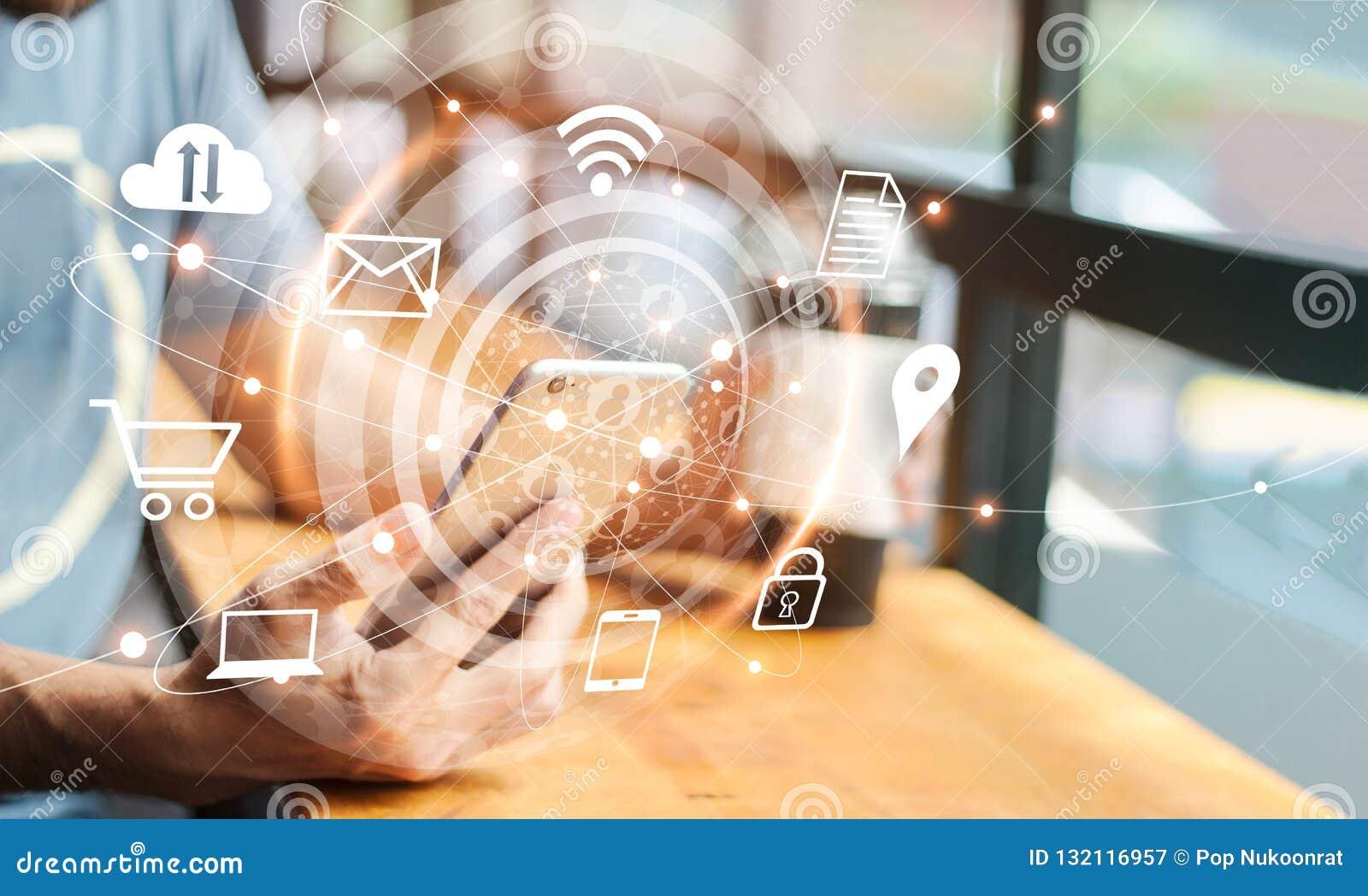 Mercado digital abstrato Homem que usa a rede global móvel