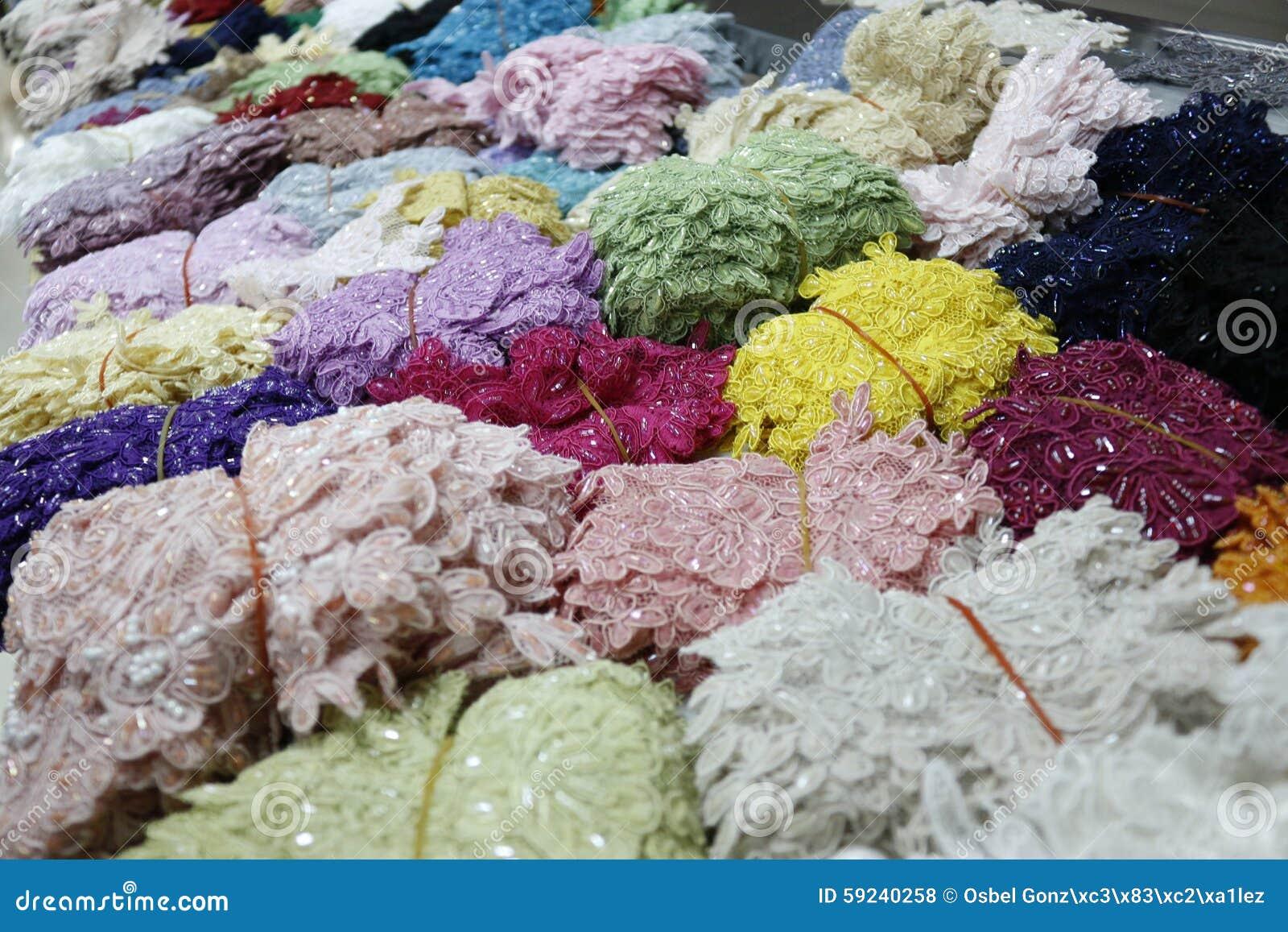 Download Mercado indio de la ropa foto de archivo. Imagen de pulseras - 59240258