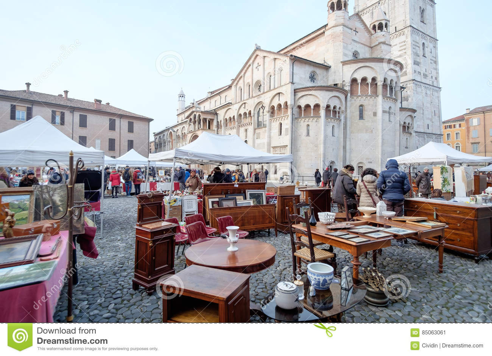 73b83667d6f12 Mercato Della Seconda Mano A Modena