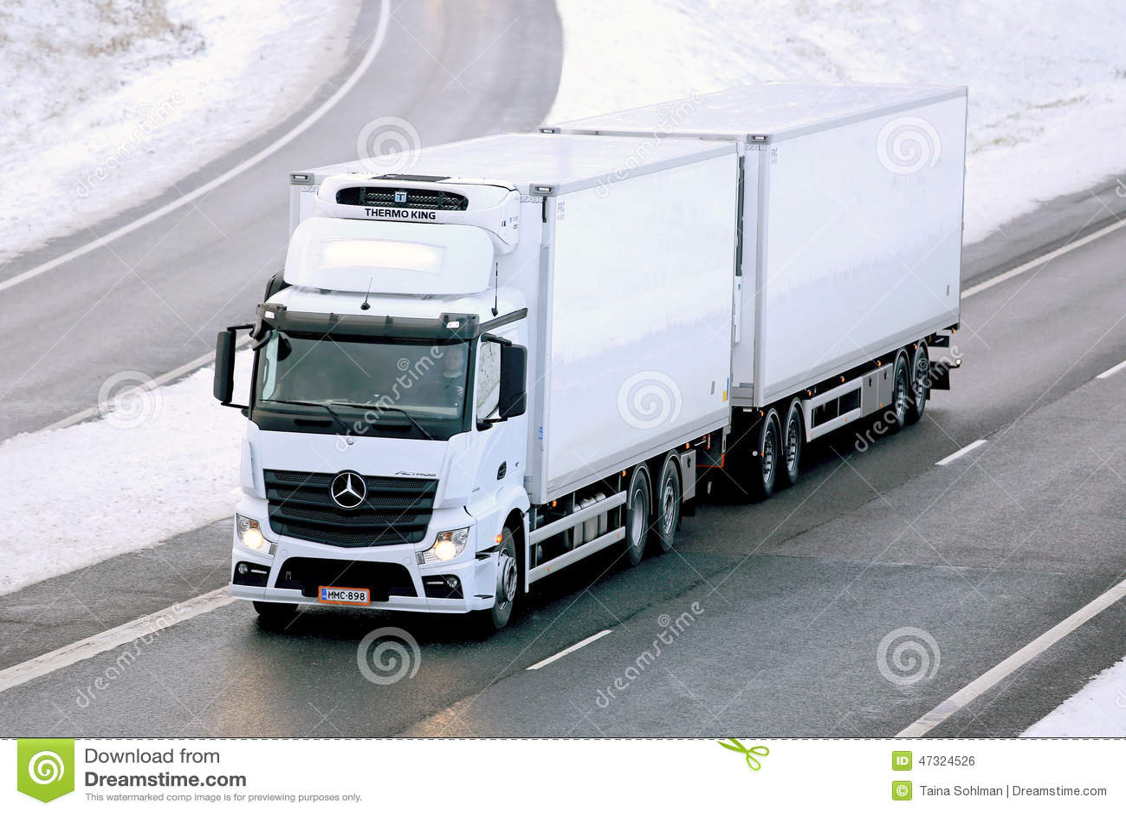 Mercedes benz actros temperature controlled trailer truck for Mercedes benz box truck