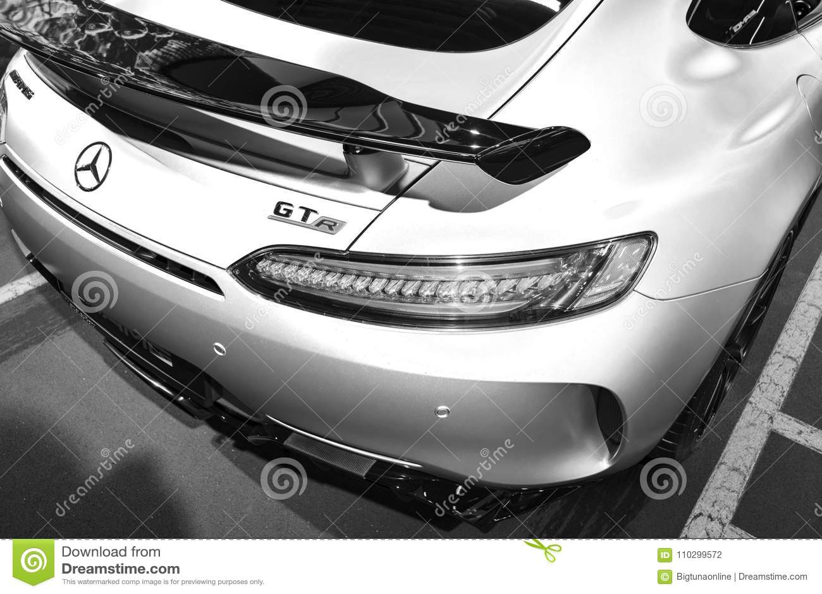 Mercedes Benz Amg Gtr 2018 V8 Bi Turbo Exterior Details Back View
