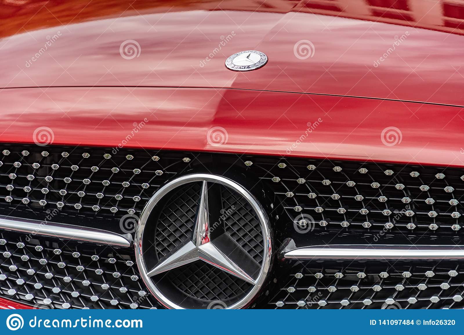 Mercedes Benz Car Emblem Editorial Stock Image Image Of Front 141097484