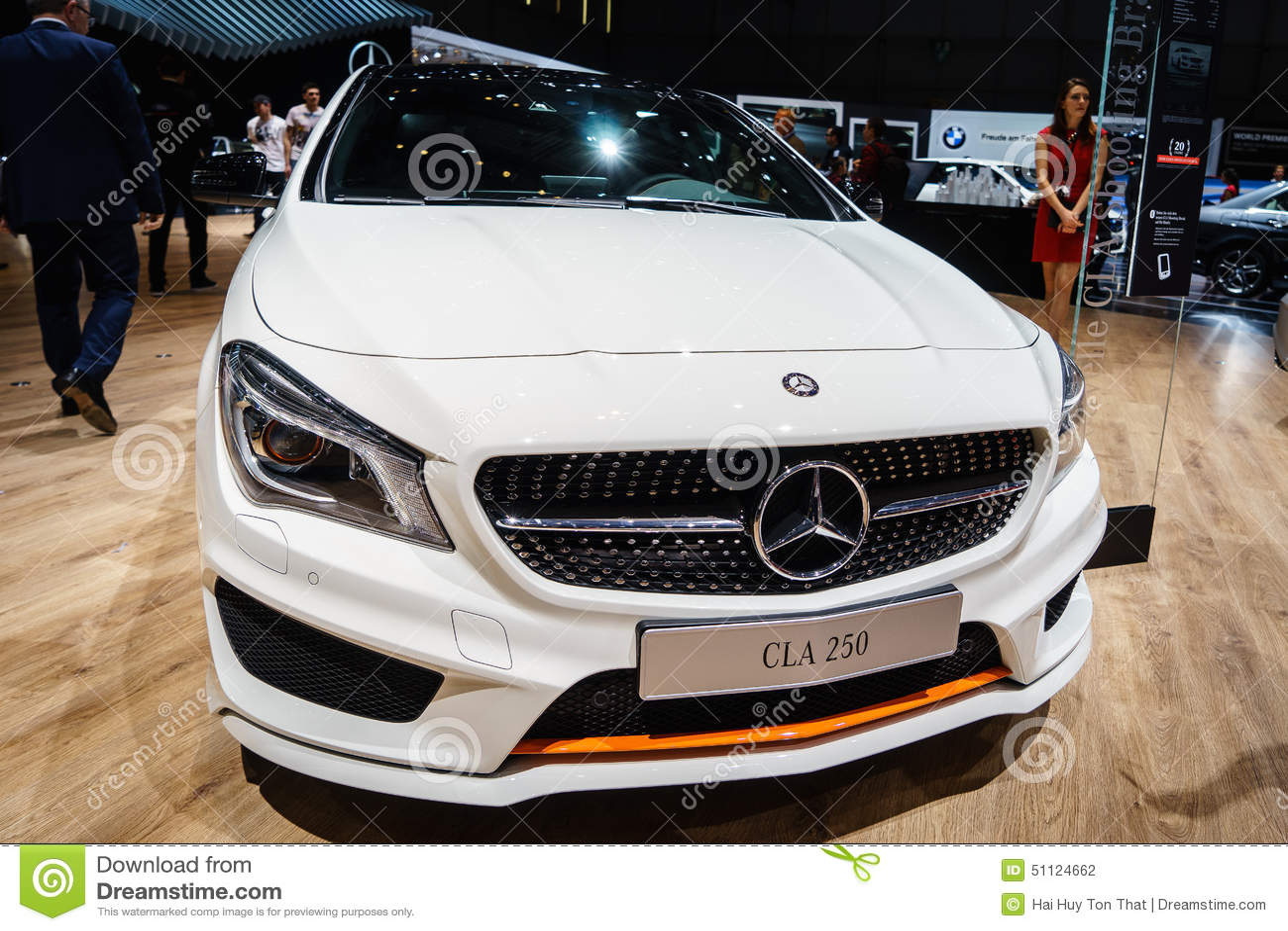 Mercedes-Benz CLA 250, Motorowy przedstawienie Geneve 2015