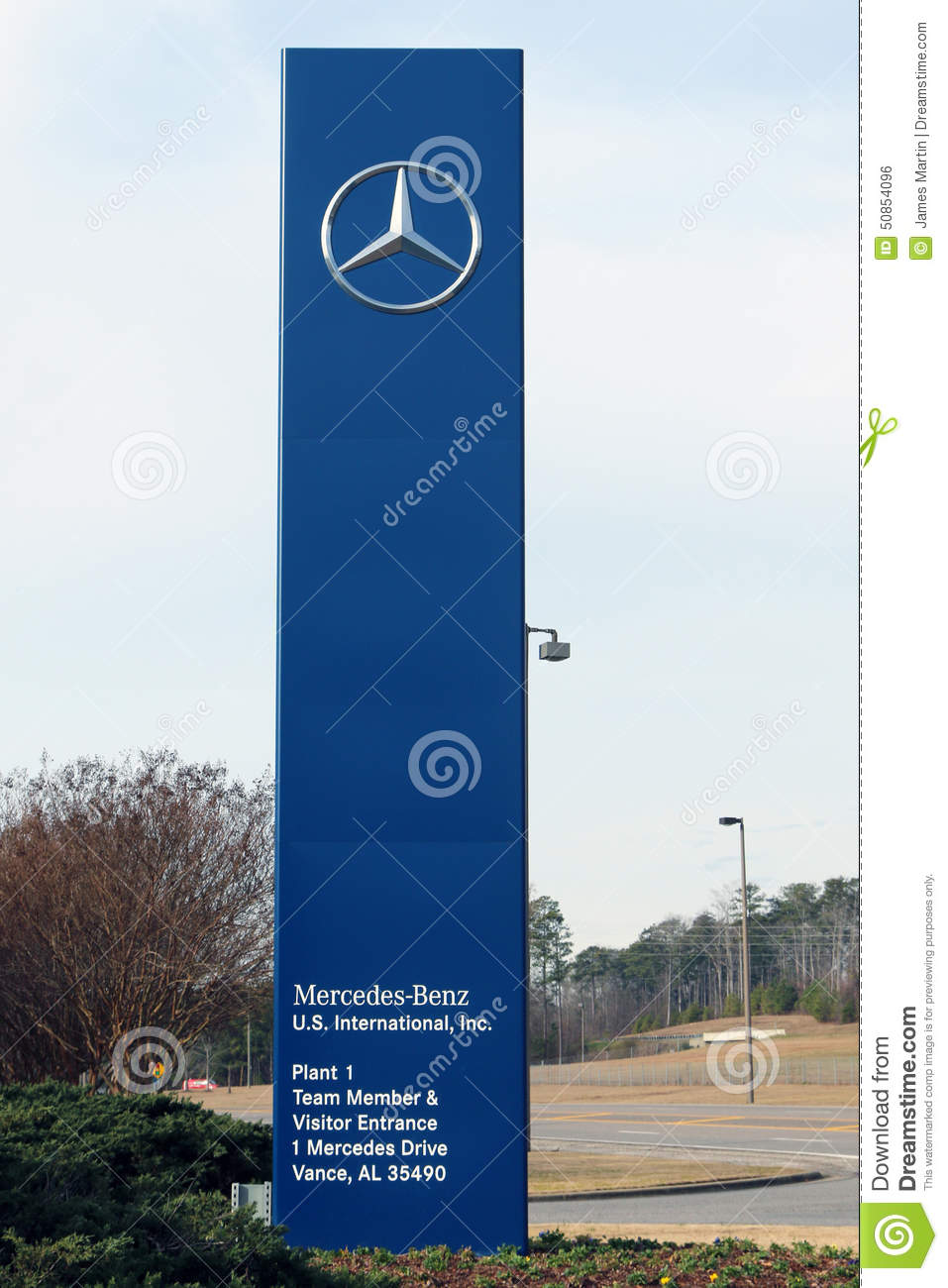 Mercedes benz factory in vance alabama editorial photo for Mercedes benz jobs alabama