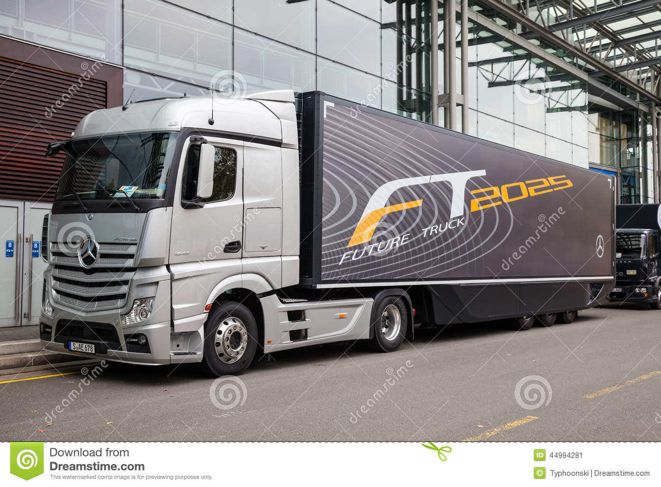 Mercedes benz future truck ft 2025 trailer editorial photo for Mercedes benz commercial trucks