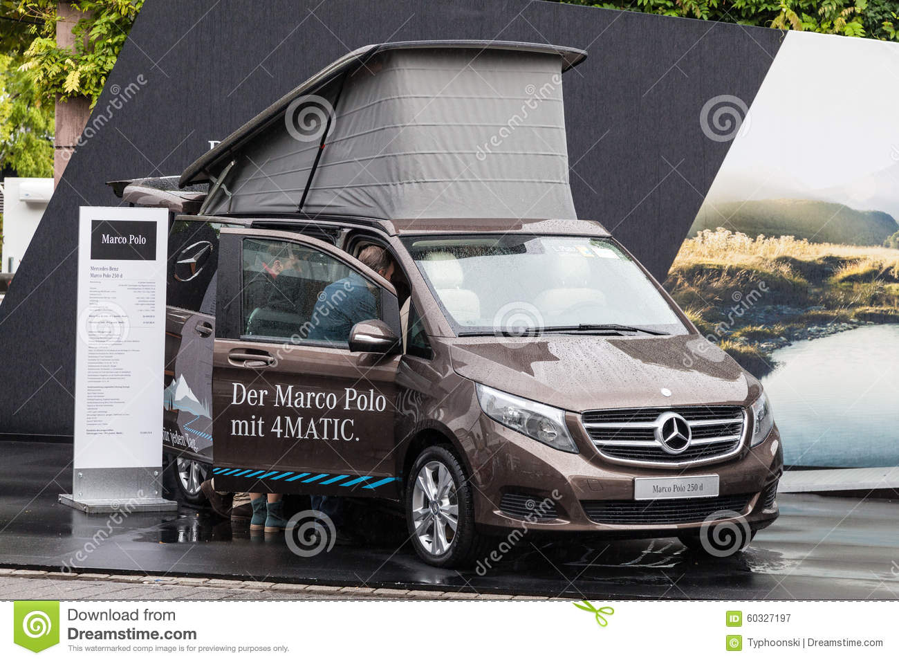 mercedes benz marco polo l 39 iaa 2015 photographie ditorial image 60327197. Black Bedroom Furniture Sets. Home Design Ideas