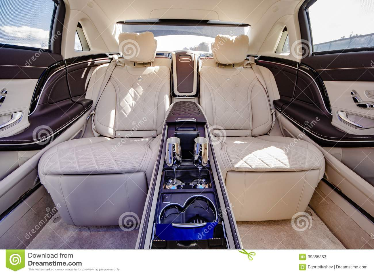 Mercedes Benz Maybach 2017 Editorial Stock Photo Image Of Seats
