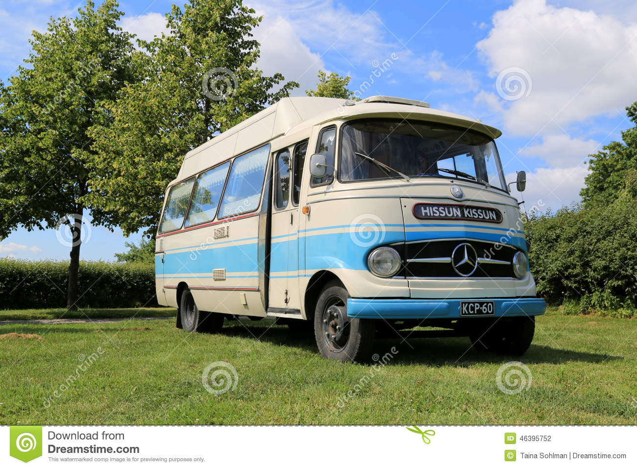 Mercedes benz o 319 vintage bus editorial photography for Mercedes benz transit