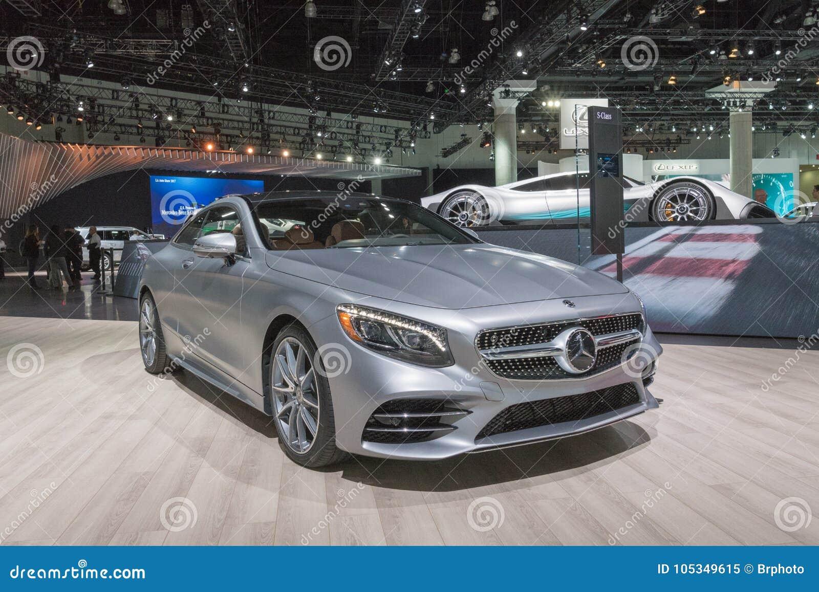 Mercedes-Benz S560 Coupé 4Matic sur l affichage pendant le salon de l Auto de LA
