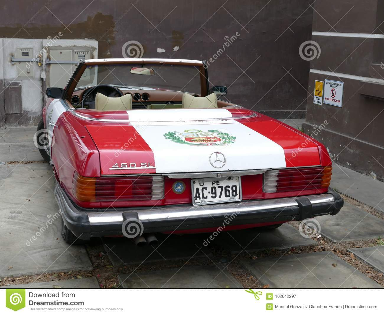 Mercedes Benz 450sl With The Peruvian Flag Painted Editorial