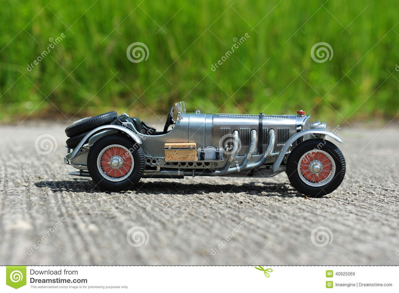 Mercedes-Benz SSKL Retro Racing Car - Right Side View Stock Image ...