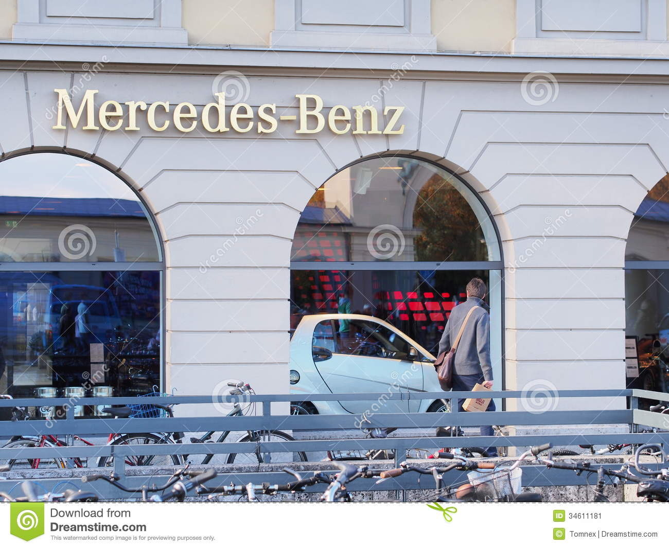 Mercedes benz store editorial photo image 34611181 for Mercedes benz store