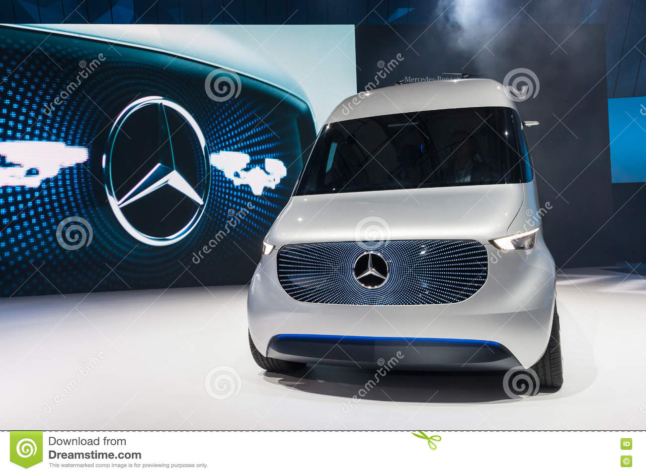 9723223b97 Mercedes Benz Vision Van editorial photo. Image of business - 77971621