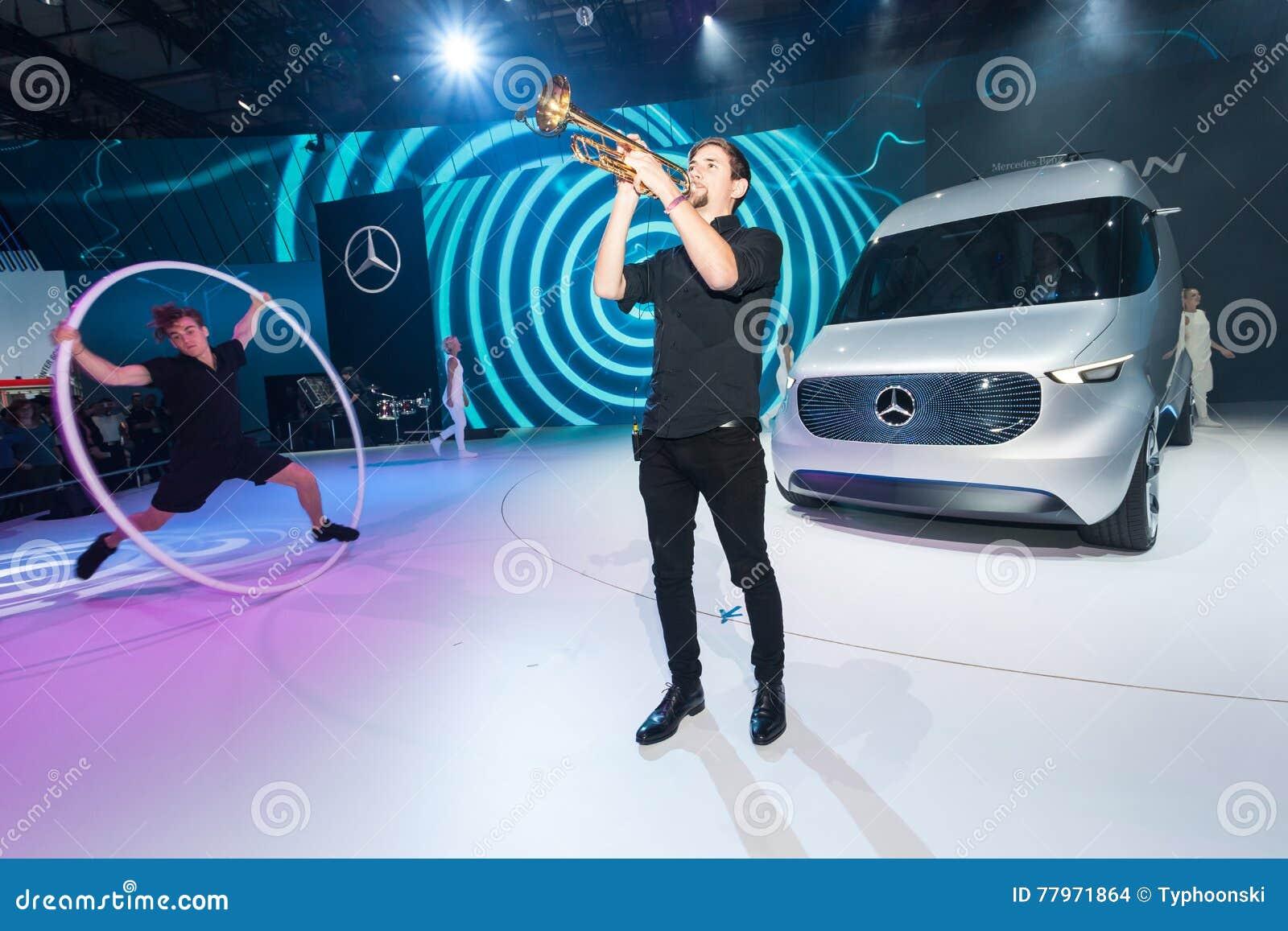 Mercedes Benz Vision Van Presentation Editorial Stock Image - Image ...