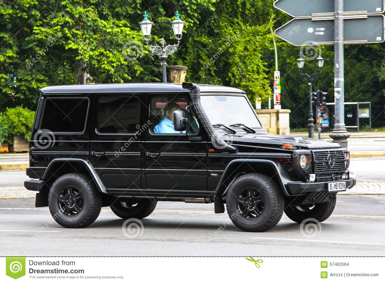 Mercedes benz g class price in germany fiat world test drive for Price of mercedes benz in germany