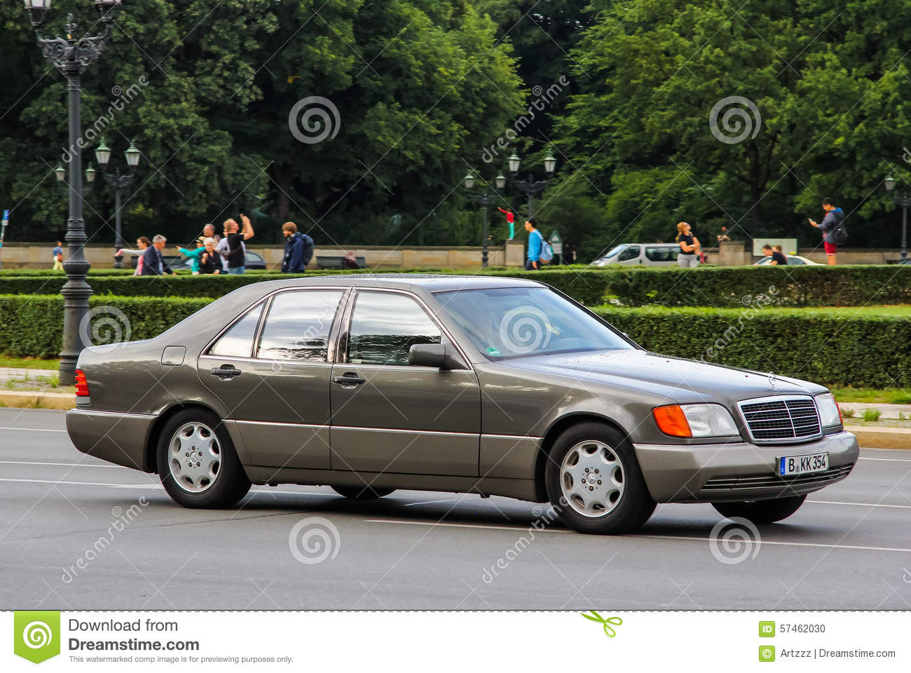 Mercedes-Benz W140 S-class Editorial Photo - Image: 57921406