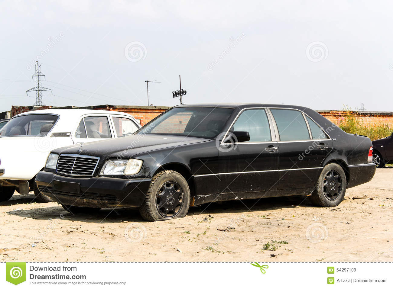 Mercedes benz w140 s class editorial stock image image of for Mercedes benz stock