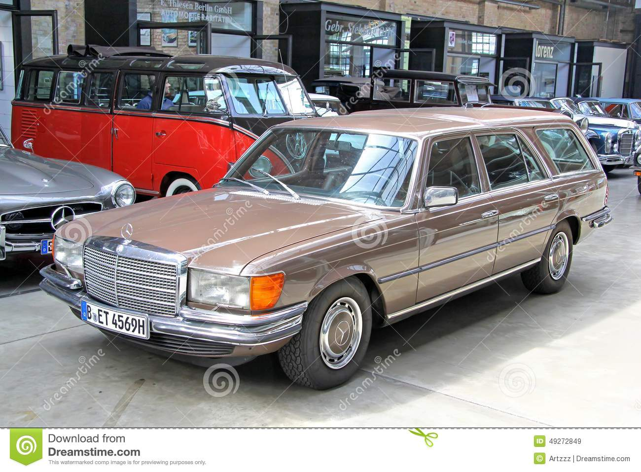 Mercedes benz w116 450sel 6 9 editorial stock image for Mercedes benz estate cars