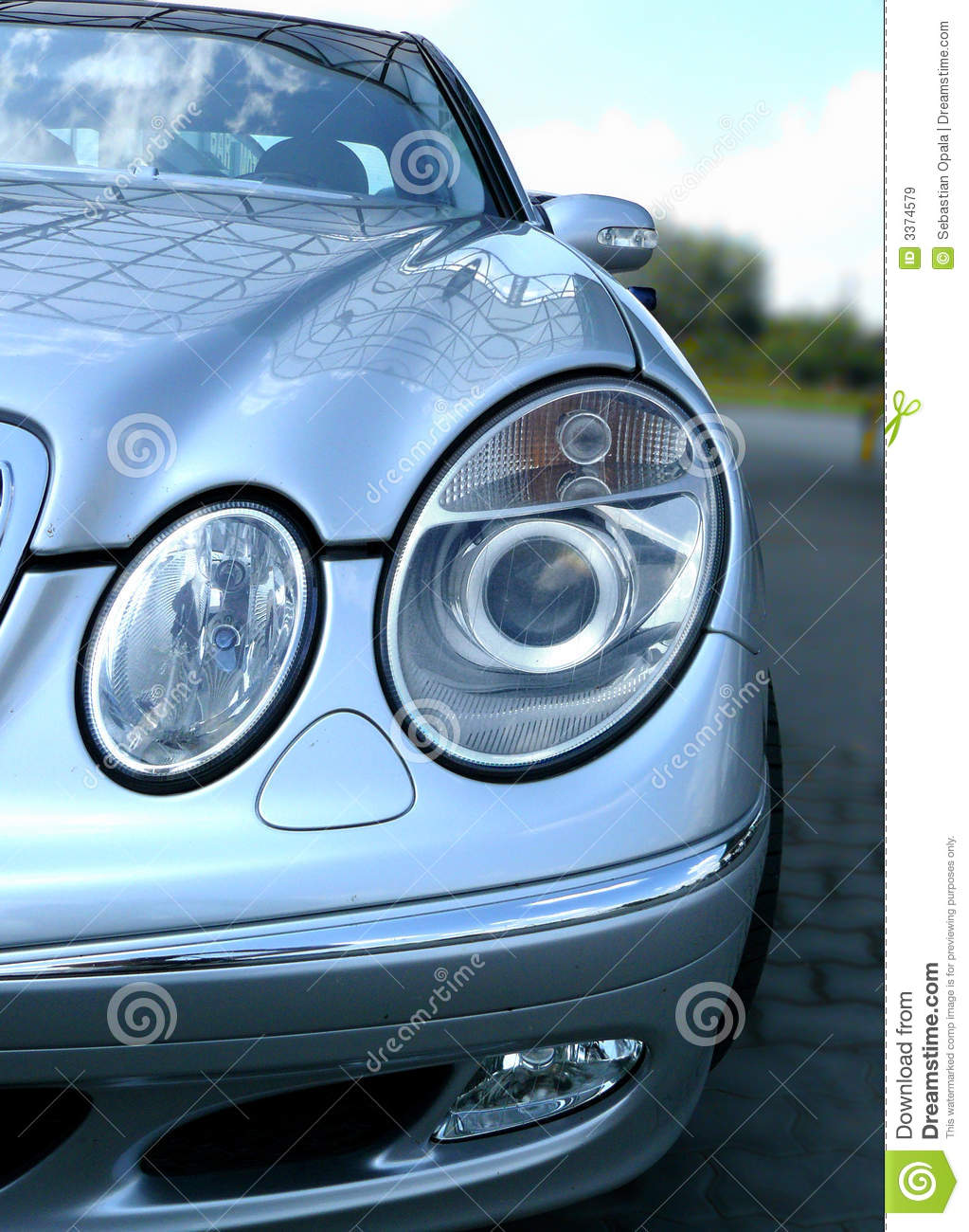 Mercedes car front lights royalty free stock images for Mercedes benz car wash free