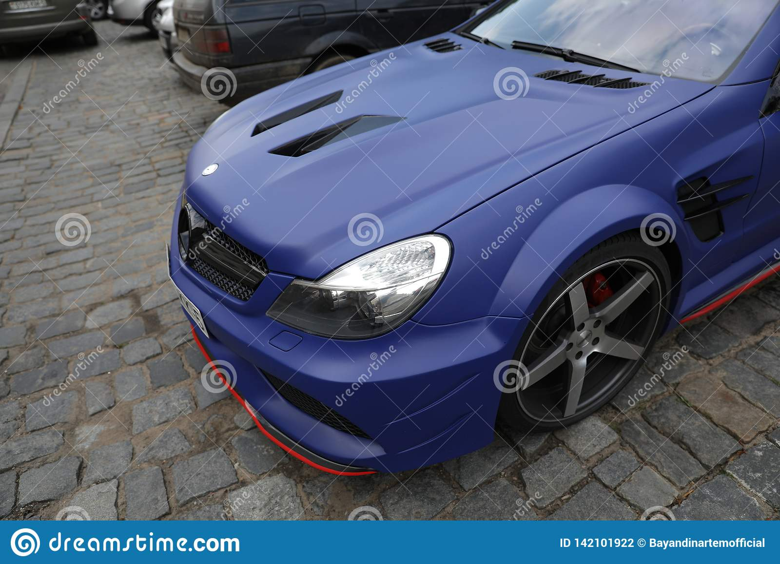 Mercedes E63 Blue
