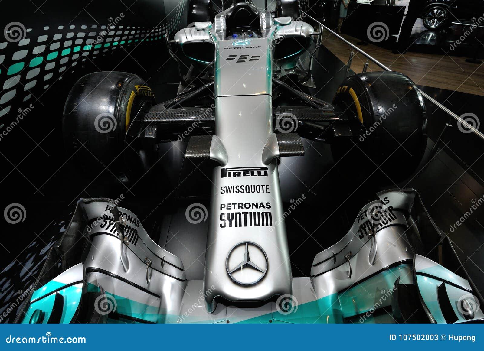 Mercedez AMG PETRONAS F1 W05 hybryd
