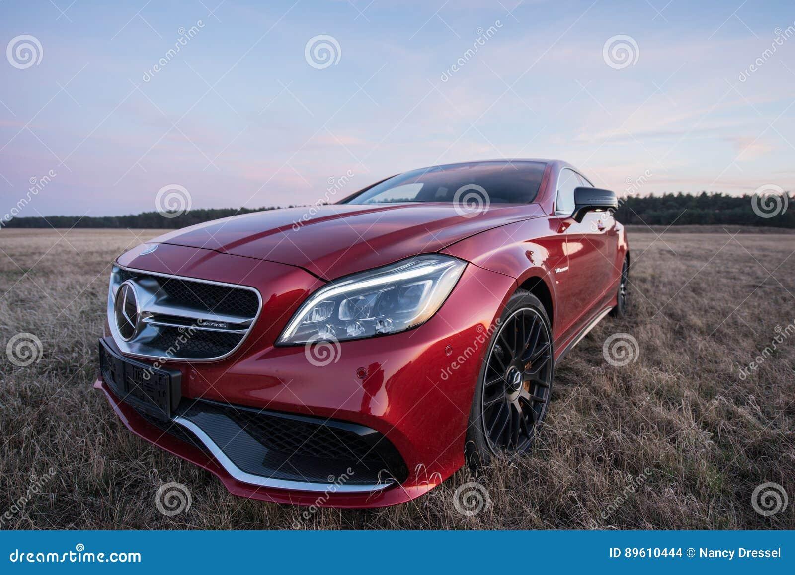 Mercedez Benz CLS AMG63 V8 Biturbo 2017