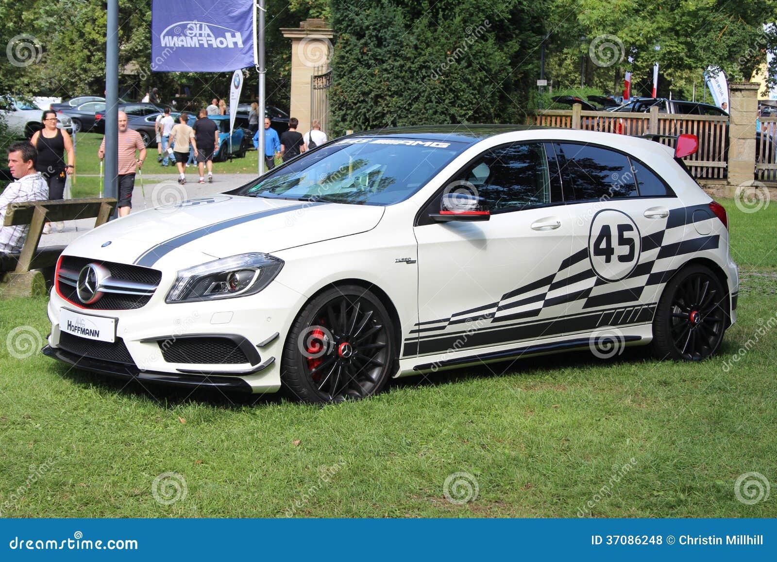 Download Mercedez Benz klasa AMG 45 zdjęcie stock editorial. Obraz złożonej z cara - 37086248