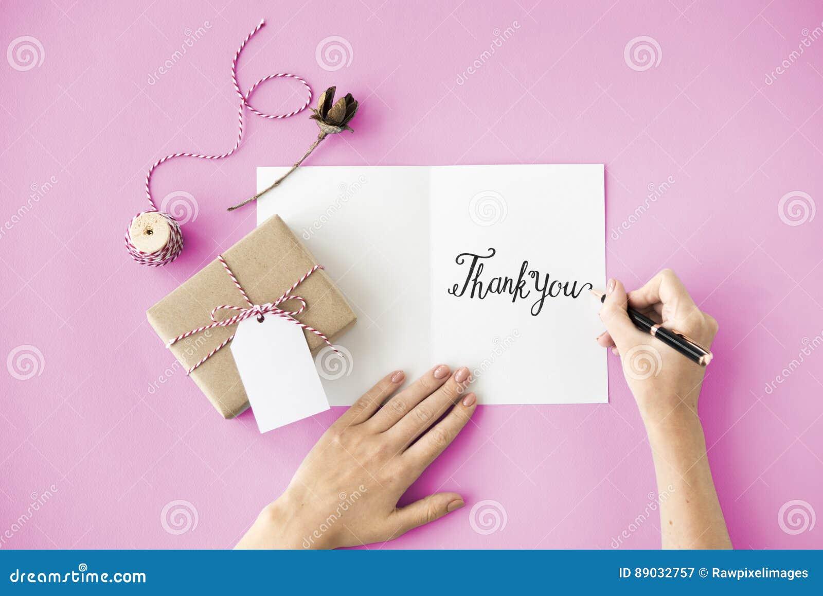 Merci remercie le cadeau apprécient le concept de gratitude