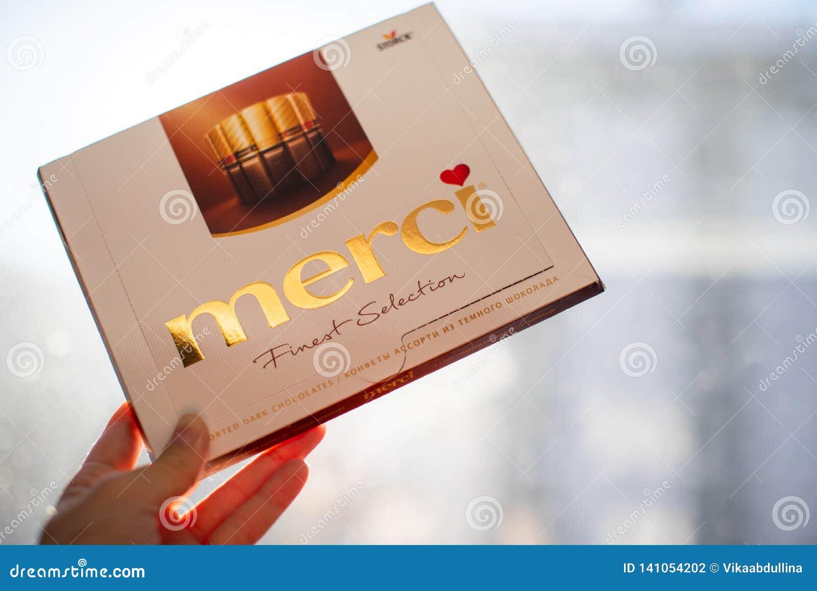 Mercichocolade - merk van chocoladesuikergoed door het Duitse die bedrijf August Storck wordt, in meer dan 70 landen wordt verkoc