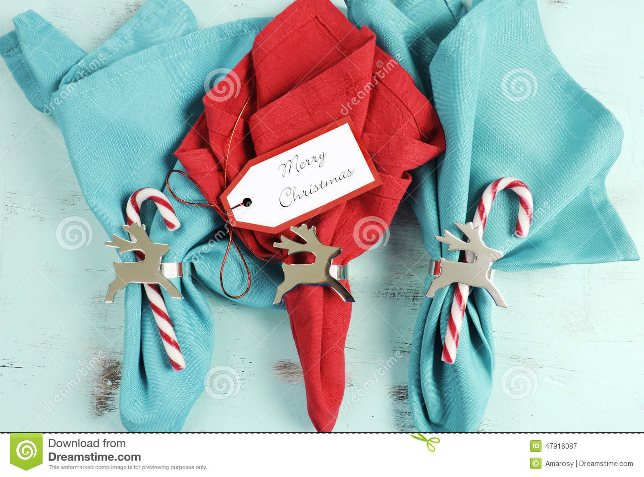 Merry Christmas Table Place Setting Red And Aqua Blue Napkins Stock Image Image Of Noel Pale 47916087