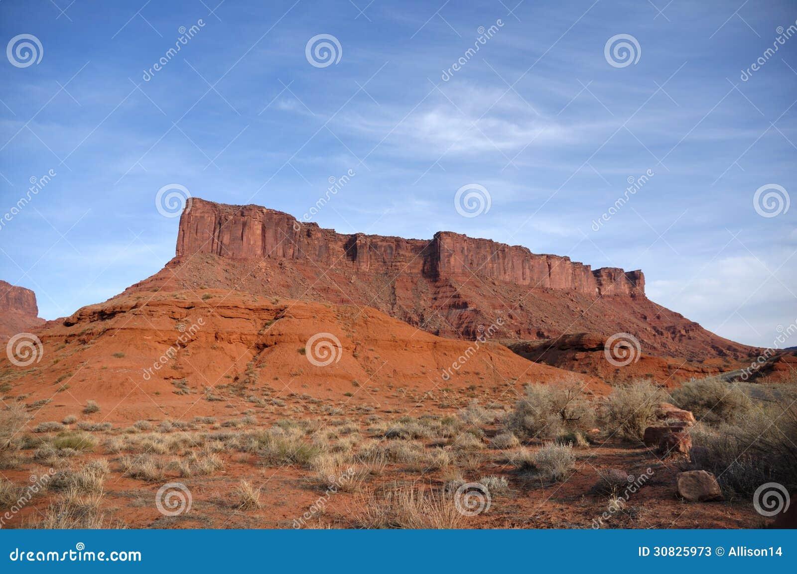 MESA di Parriott vicino alla valle del castello, Utah