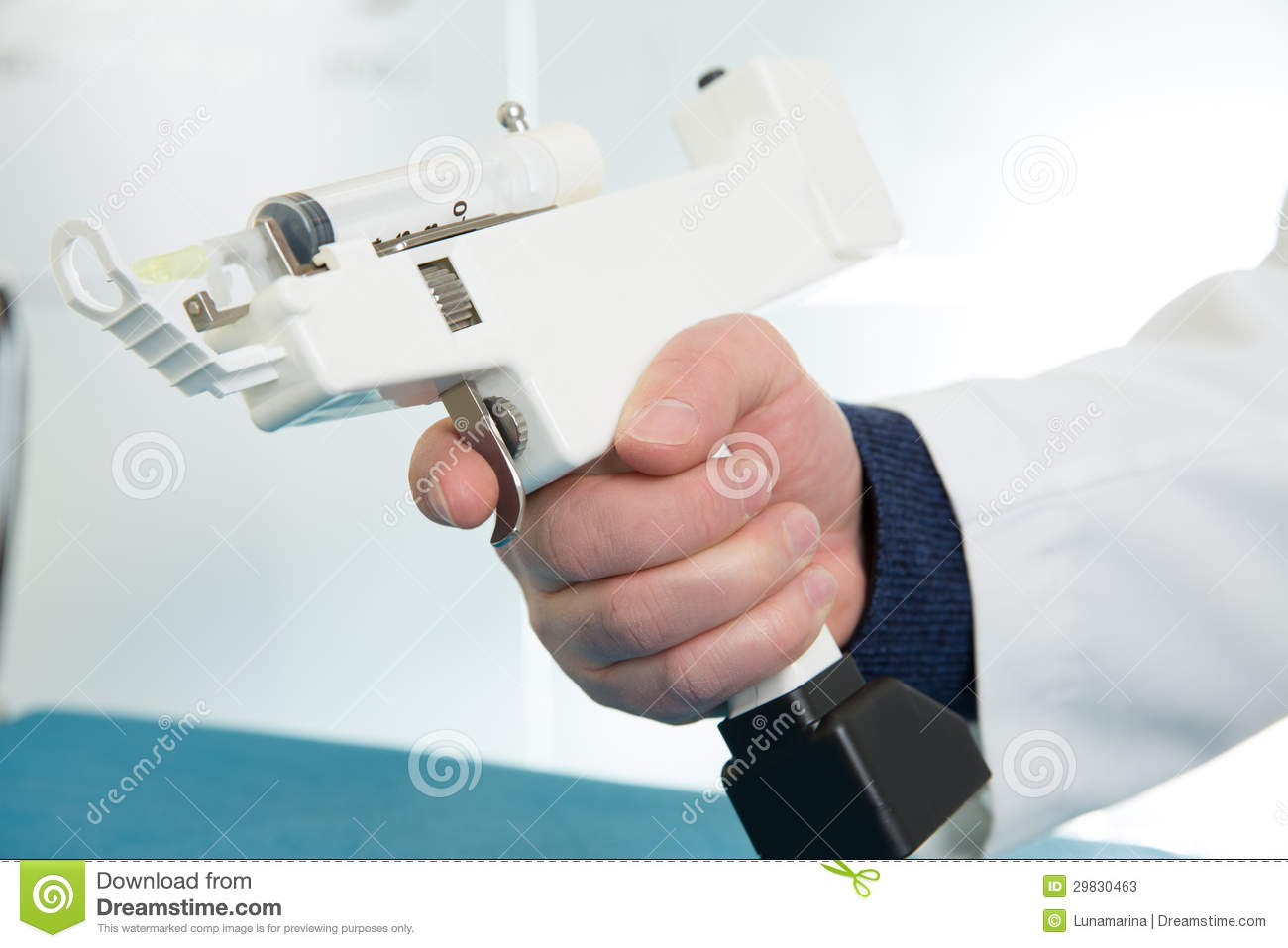 Mesotherapy Gun Electronic With Syringe Stock Photos ...