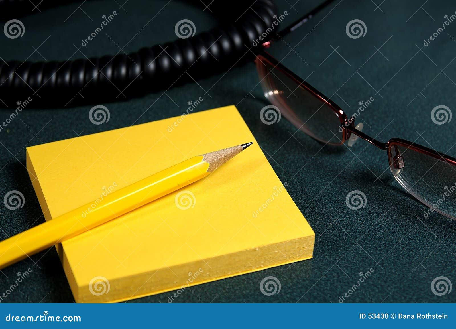 Download Message téléphonique photo stock. Image du bureau, crayon - 53430