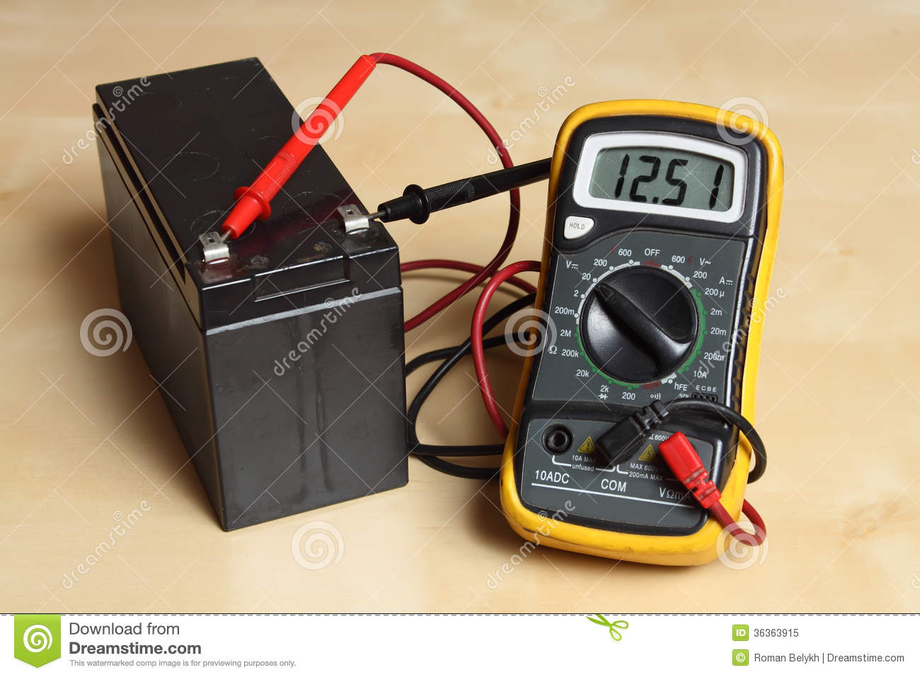 How To Check The Car Battery Voltage