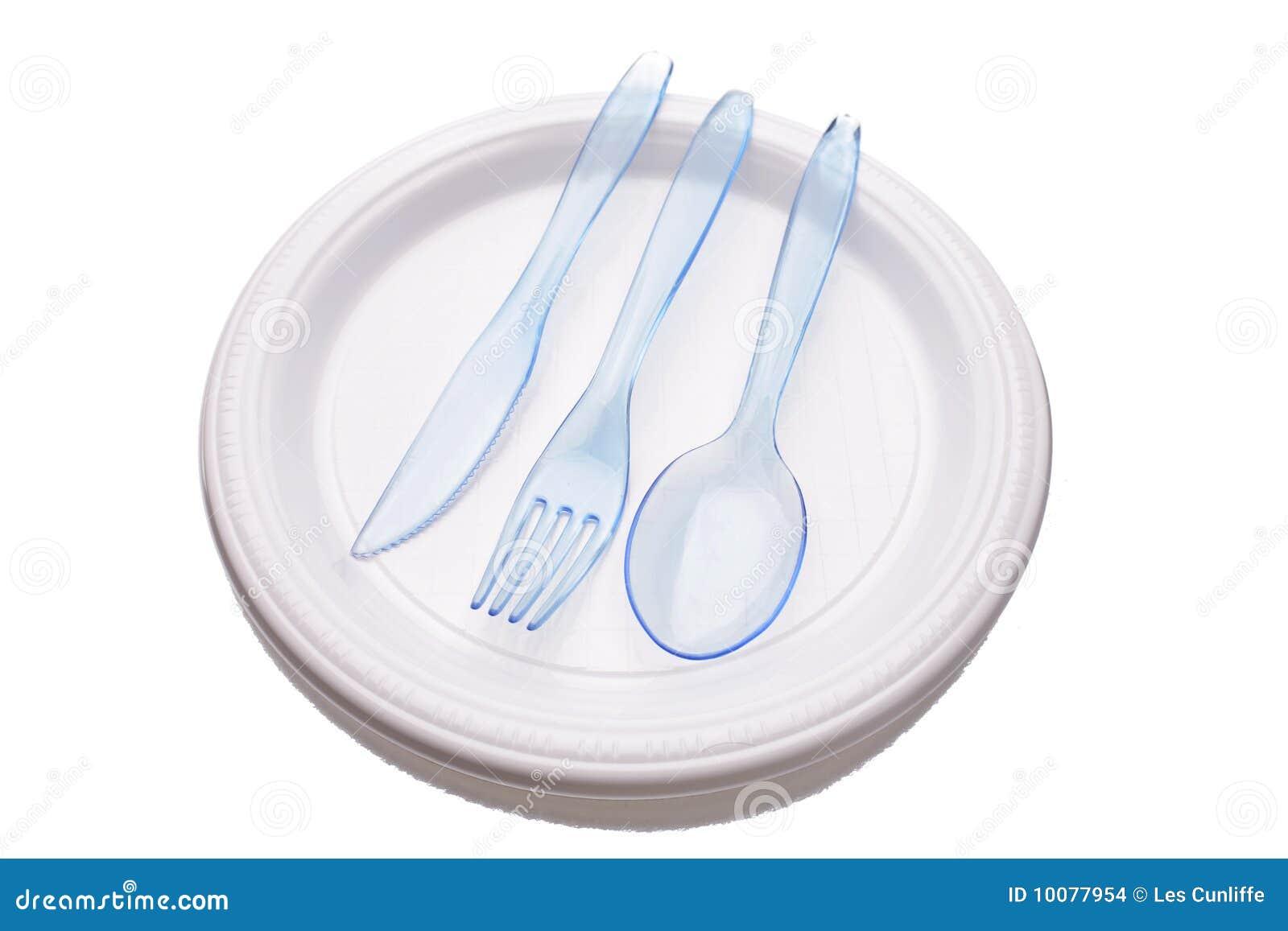 Messer, Gabel und Löffel auf Platte