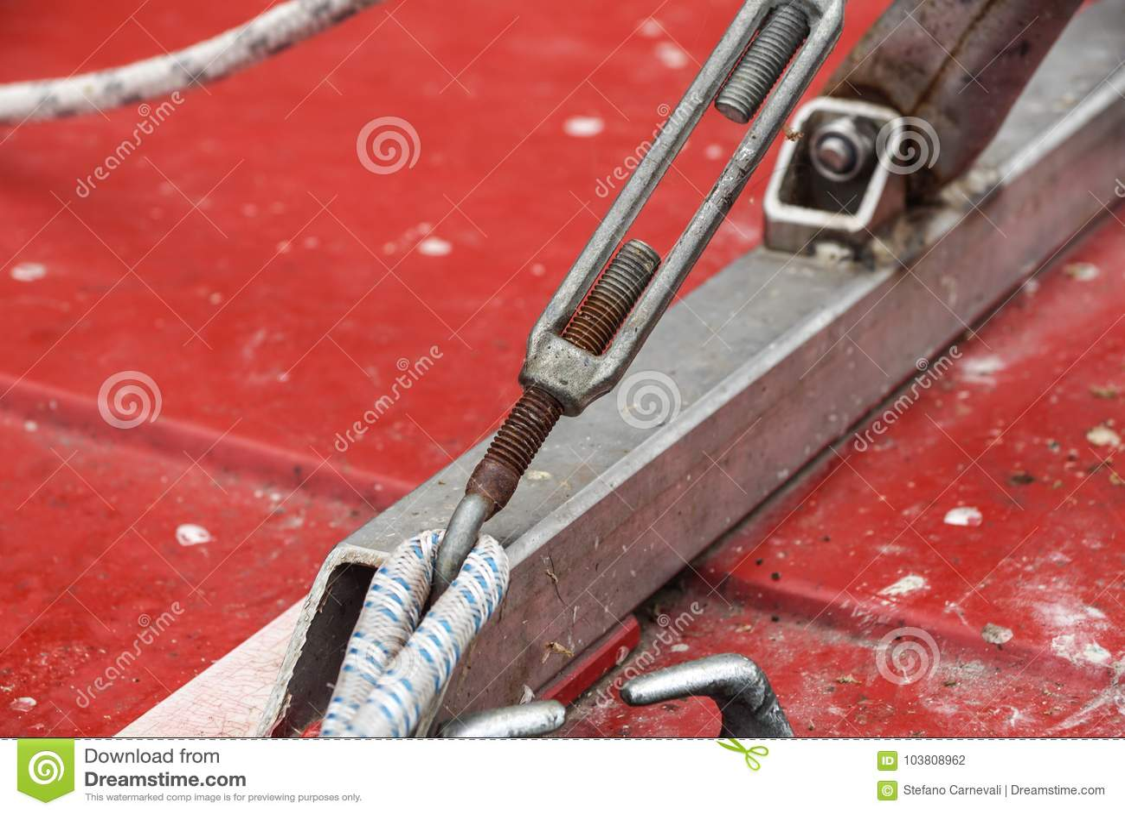 Metaal het vastmaken van twee staalkabels