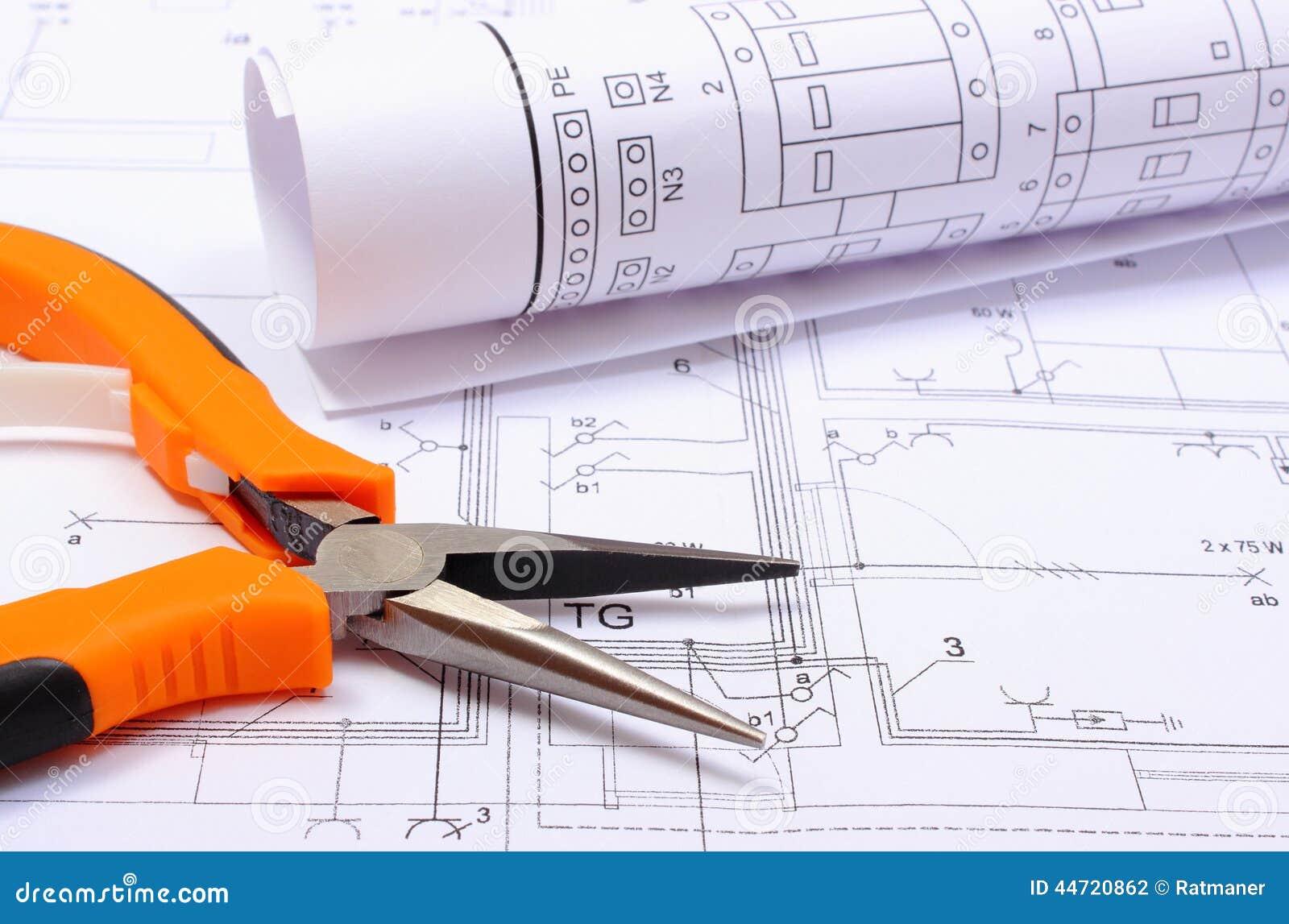 Metal les pinces et le diagramme lectrique roul sur le for Dessins de construction de maison