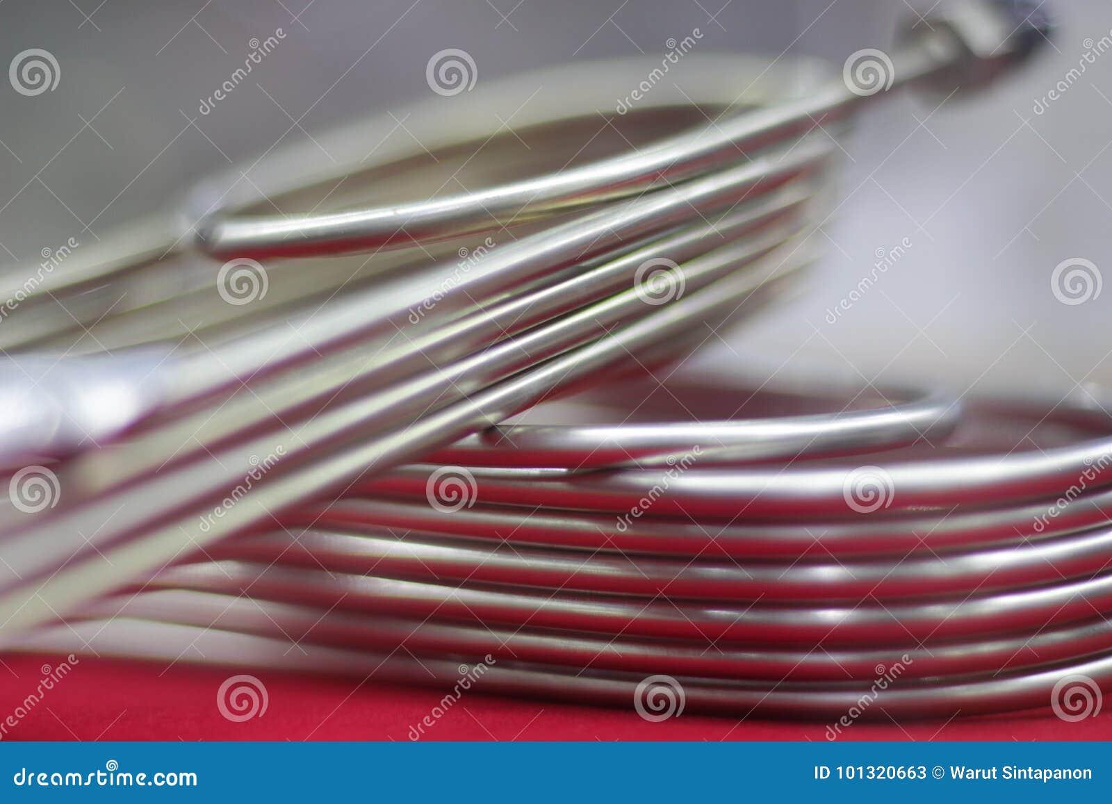 Metal los tubos