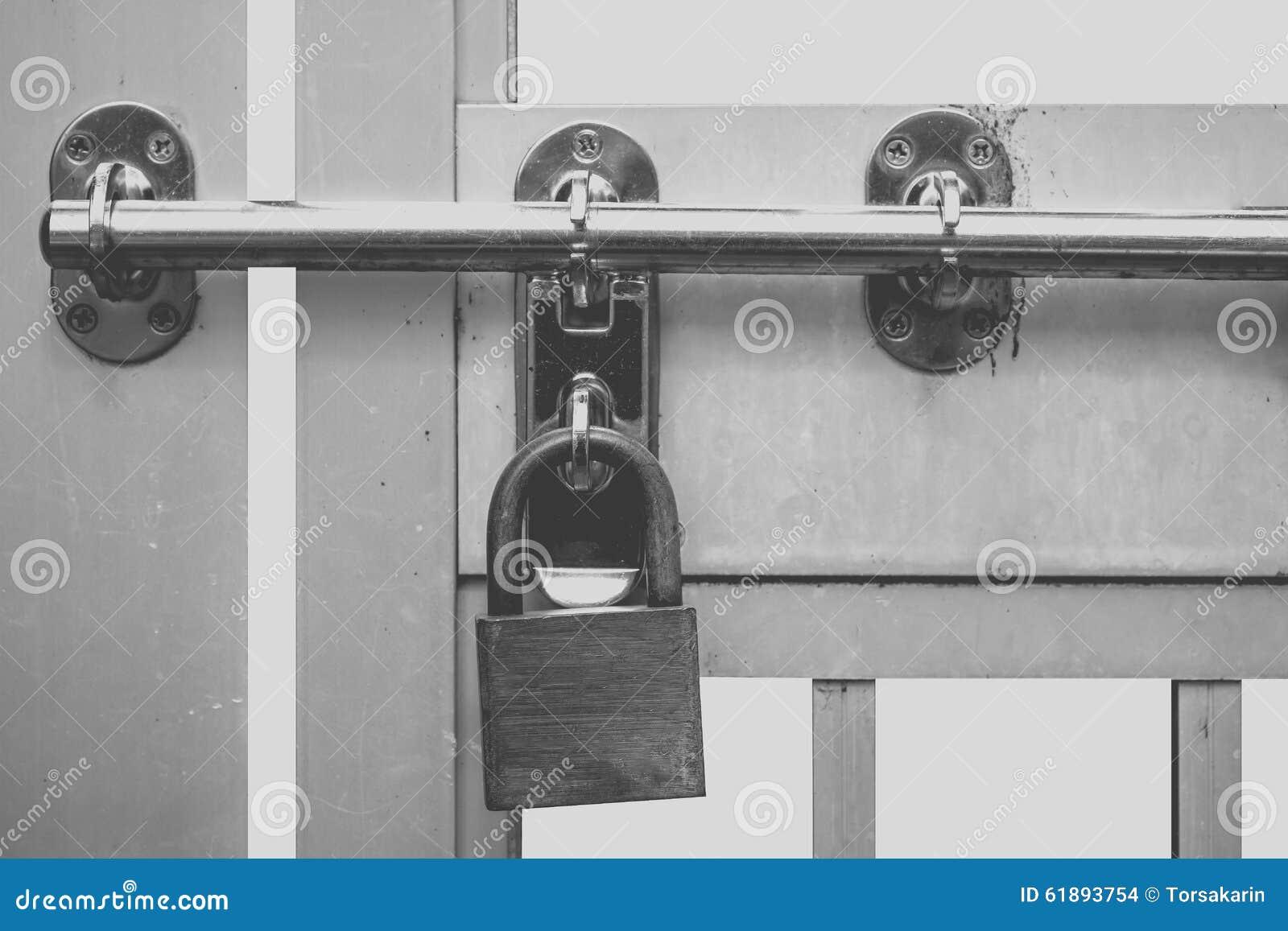 Metal Padlock And Metal Door & Padlock Door \u0026 Door With Heavy Lock Padlock - Csp3293947