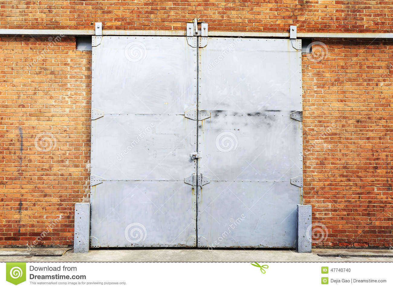 Barn Door Stock Photo Image 47740740