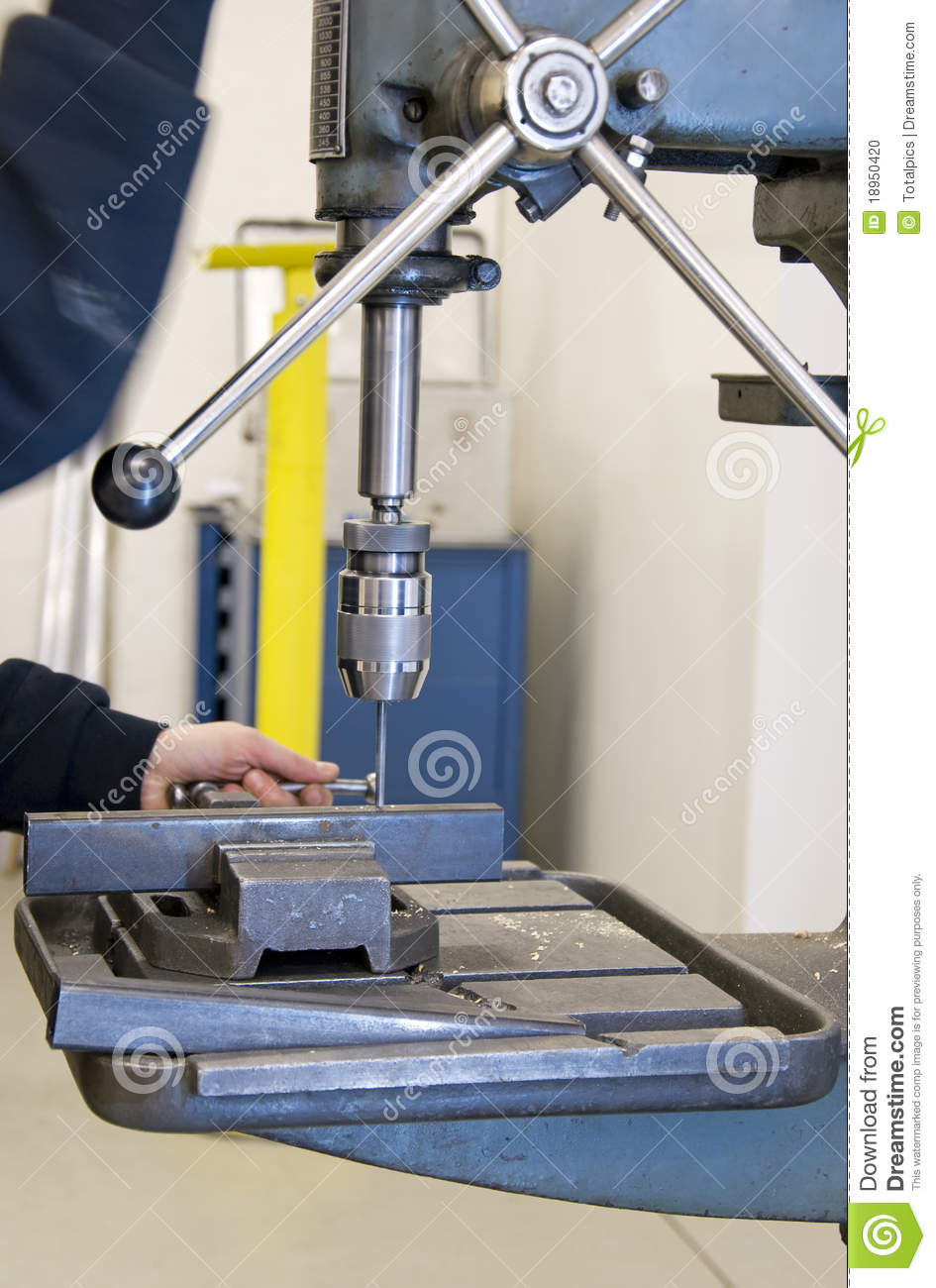 how to become a metal worker