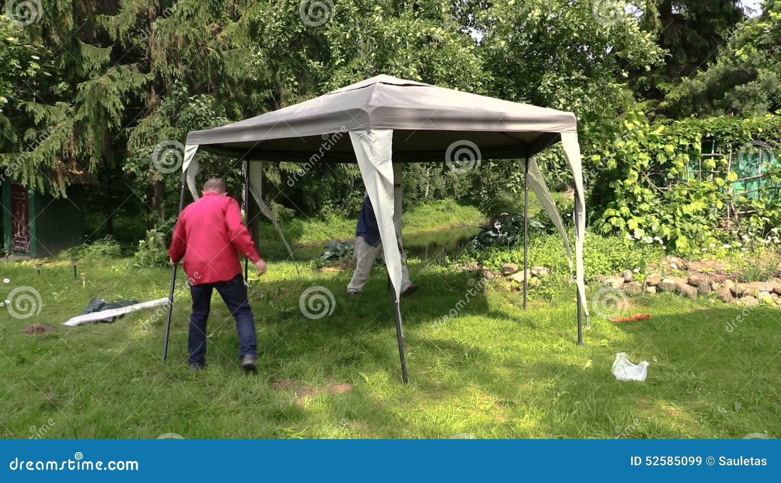 Berså För Tältet För Folkbilagan Förtjänar Den Skyddande I