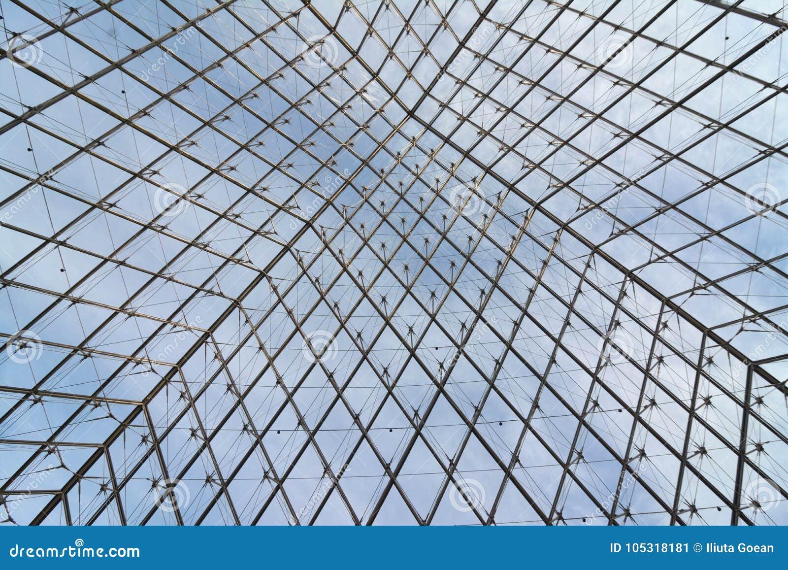 Metall und Glasaufbau